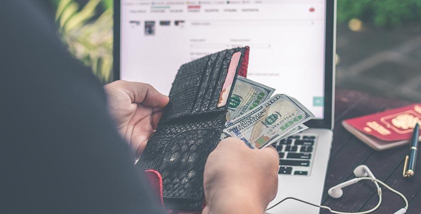 ecommerce-webiste-in-2000$